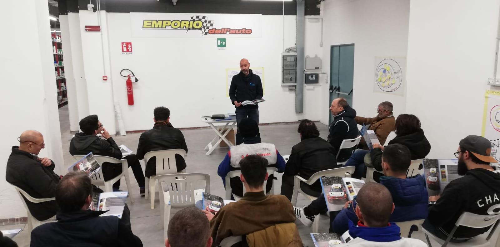 """Corso di formazione Magigas a"""" l'Emporio dell'Auto"""""""